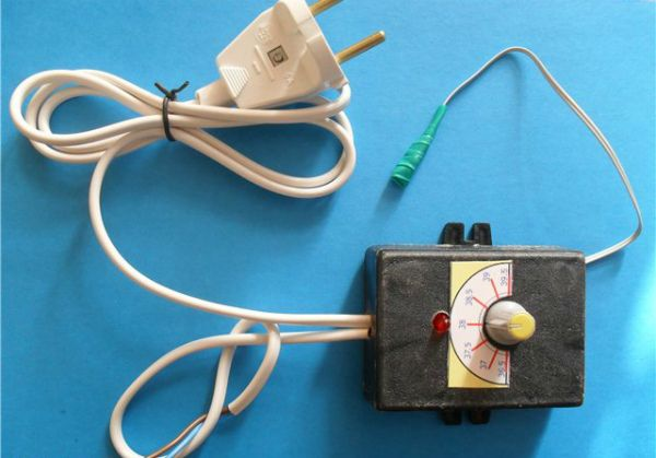 Внешний вид самодельного терморегулятора