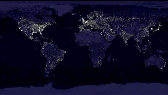 Najveći izvor električne energije u svijetu je ugalj, putem kojih je 35% električne energije do 2025. godine, ta brojka bi trebalo da dostigne 31% je proizveden 2001. godine. Za proizvodnju električne energije teploeletrostantsii na prvom hidroelektrane - drugi i treći - nuklearne stanice. Iznad: bila sastavljena Ove noći snimak Zemlje više od 400 satelitskih snimaka. (NASA).