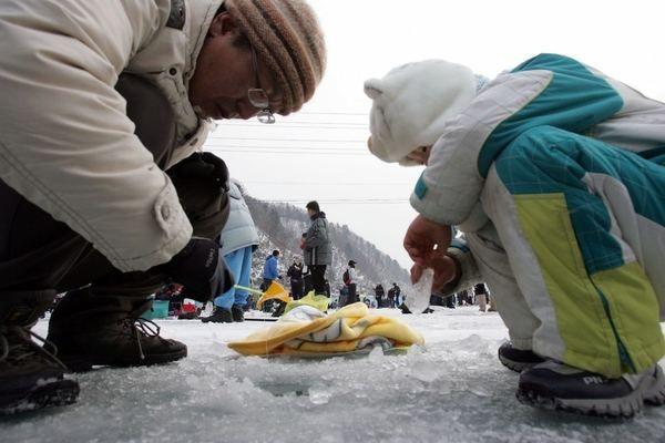 Pecanje na ledu festival u Južnoj Koreji