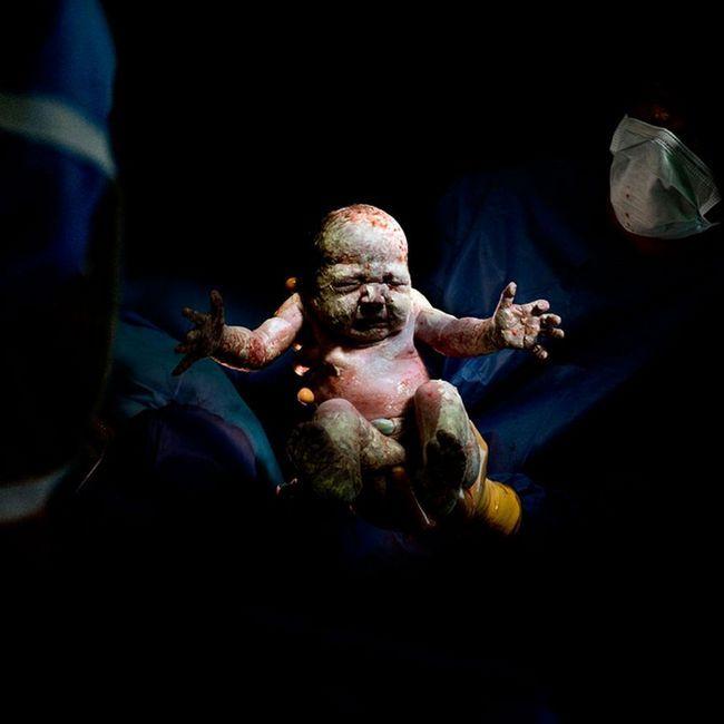 děti obrázky ihned po narození