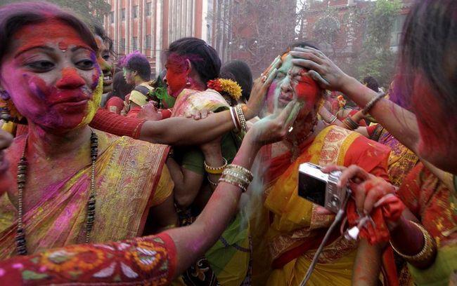 Holi ili Phagvah - Hindu festival proljeća