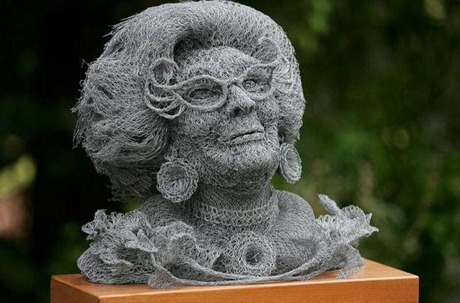 Ivan Lovatt i njegove skulpture od žice