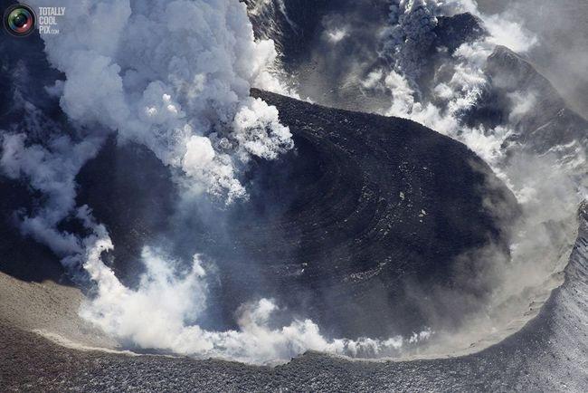 U Japanu, vulkan probudio Sinmoe