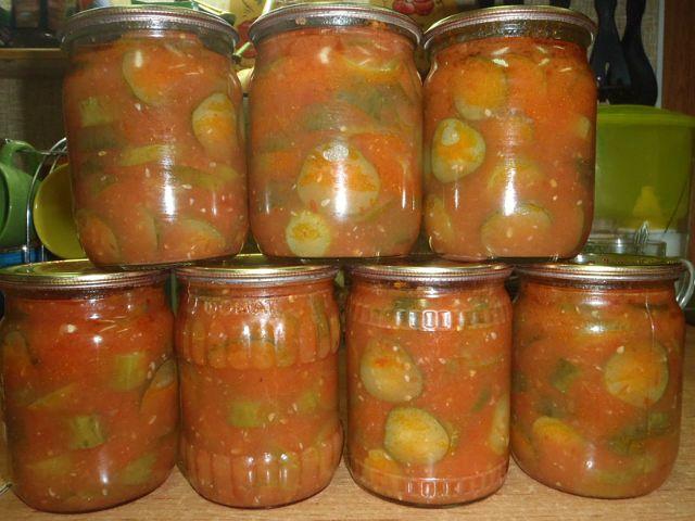Castravetele și sos de tomate pentru iarna