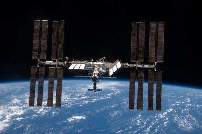 ISS orbiti