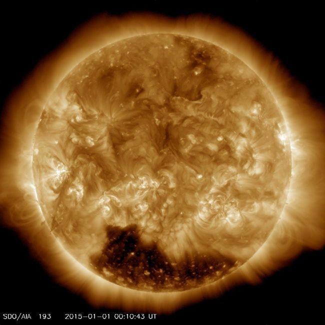Na Suncu pronašao ogromnu koronalnoj rupa