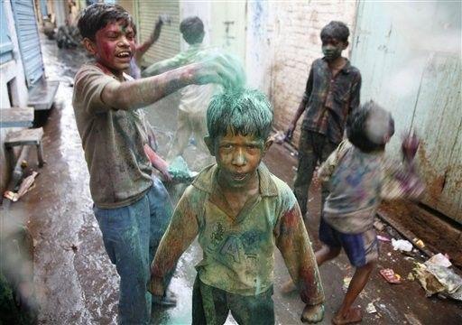Indiji. Festival boja