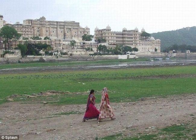 Hotel Lake Palace nalazi se u Indiji
