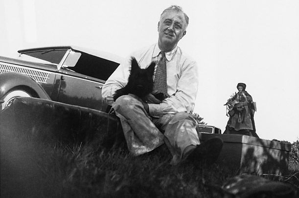 Roosevelt i njegova Škotski terijer Fala - pas je uspio glumiti u filmu, a kada je bila njegova glasnogovornik.