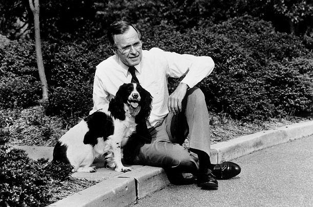 Američki predsjednik George W. Bush i Millie špringer španijeli