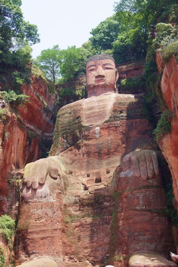 Kip Maitreja Buda - najviša skulpturalno rad