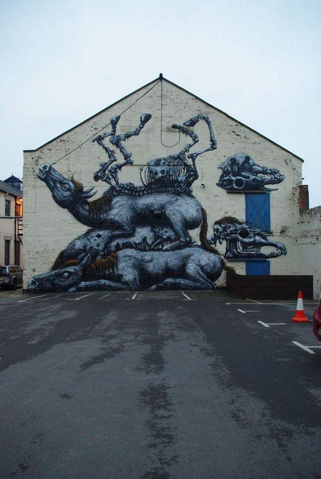 Jezivo slika konja i njihove lobanje.