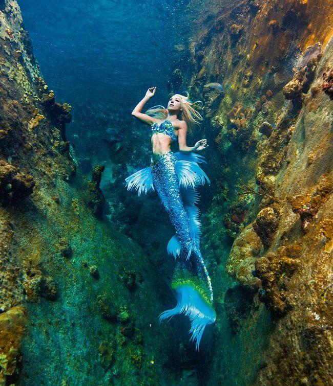 Hannah u podvodni kanjon.