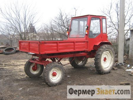 Traktor T-16: jednostavnost i pouzdanost