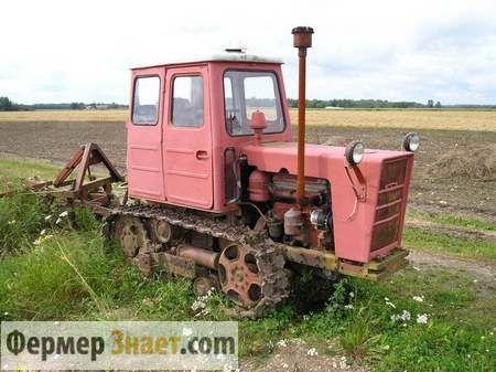 Traktor u polju