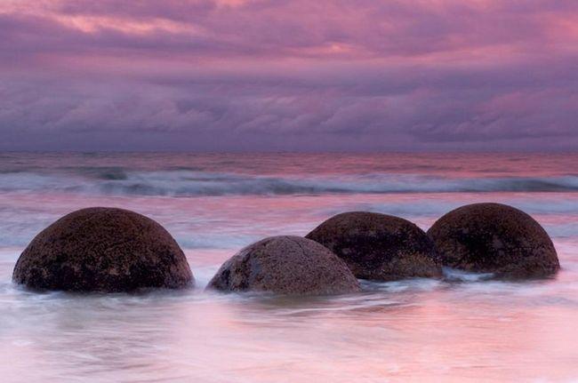 Moeraki Boulders (Moeraki Boulders) na Novom Zelandu