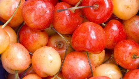 Cherry jam - recept s kostima i bez