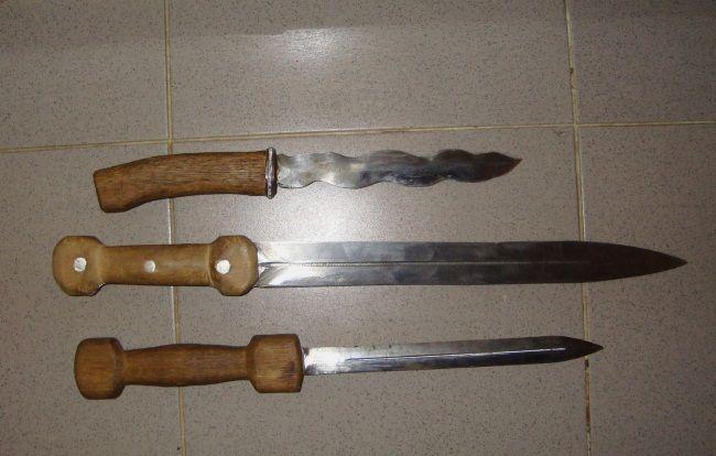 nož za klanje svinja
