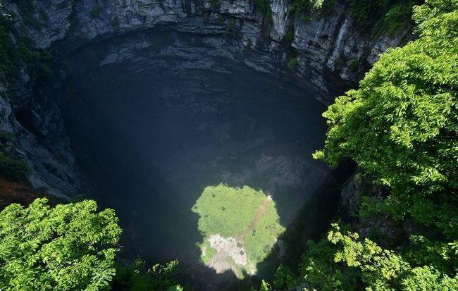 «Затерянный мир» на дне глубокой пещеры